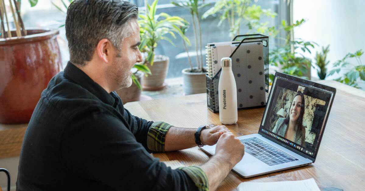 How to successfully onboard employees with virtual workspaces